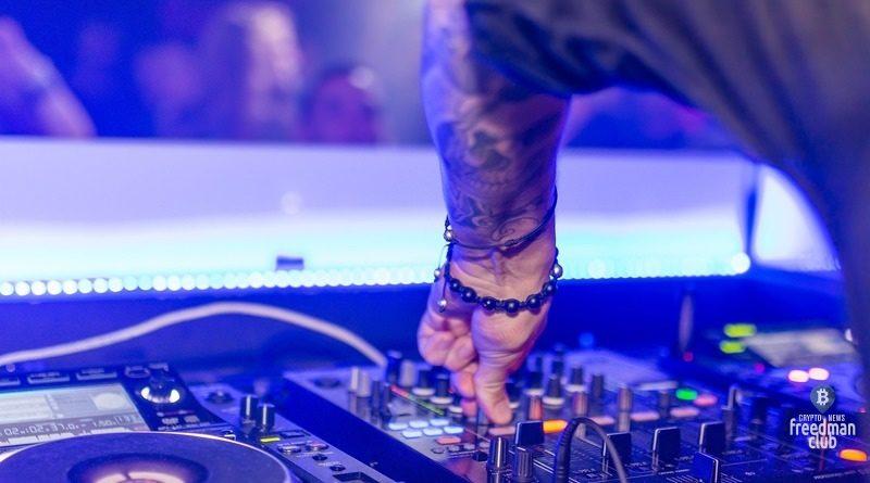 Amnesia-Ibiza-sozdast-svoj-virtualnyj-klub-na-baze-Ethereum-Decentral-Games