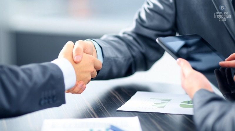FTX-zakljuchaet-kontrakt-s-Tom-Brady-i-Gisele-Bündchen